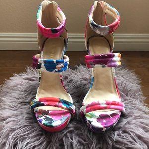 Floral multicolored strappy heel